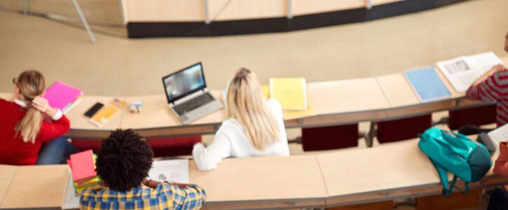 Professionalisierung sichern im Bereich Sozialer Arbeit, Gesundheit, Erziehung und Bildung (SAGE).
