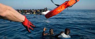 Beenden Sie das Sterben im Mittelmeer - Seenotrettung ist kein Verbrechen!